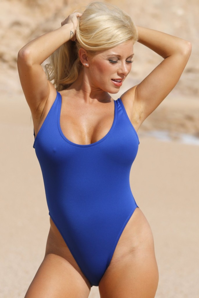 Scuba-Double-Dip-blue-1-PC-UjENA-swimwear